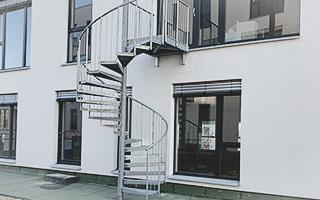 Metall Wendeltreppe Außen Neubau
